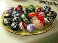 assiette d'œufs en chocolat